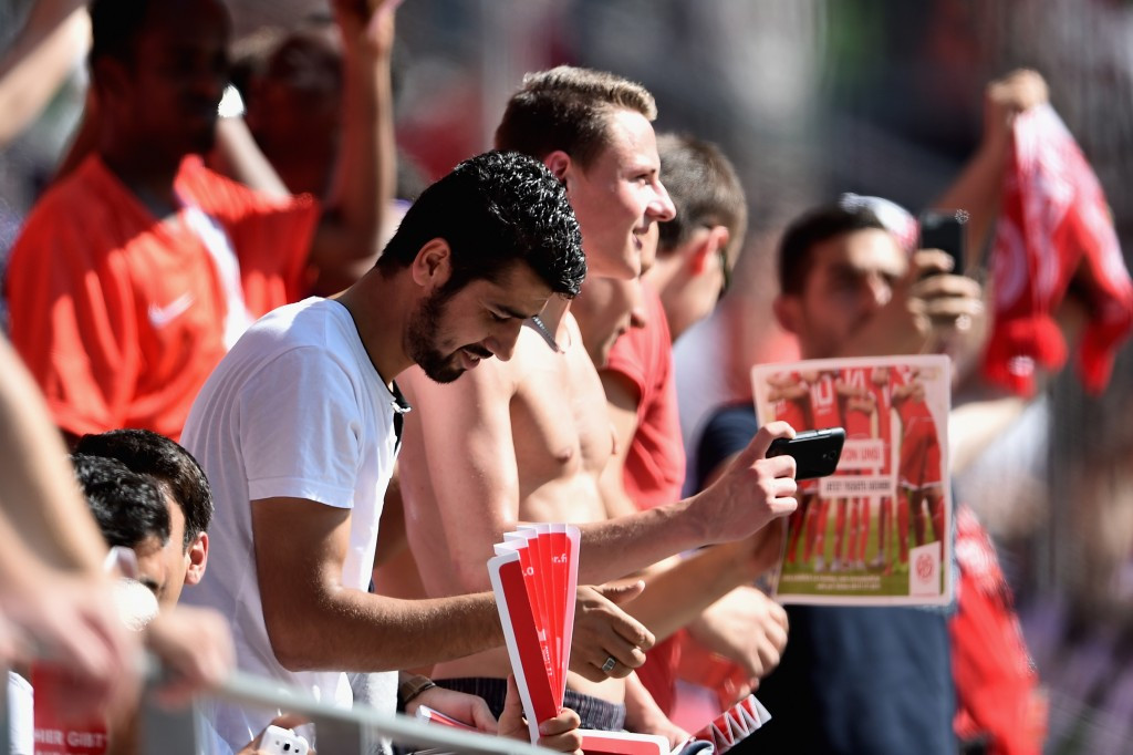 Refugees, invited by German football club 1. FSV Mainz 05, attended a Bundesliga match last month