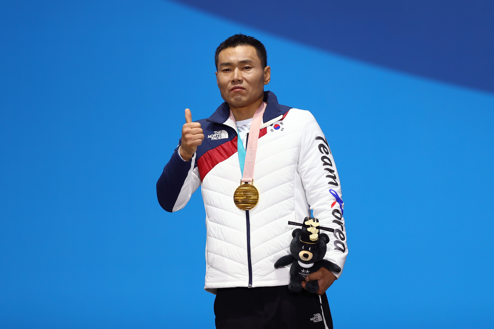 It is hoped that Sin Eui Hyun's gold medal in cross-country skiing will inspire young disabled people in South Korea to take up Para-sport ©Getty Images