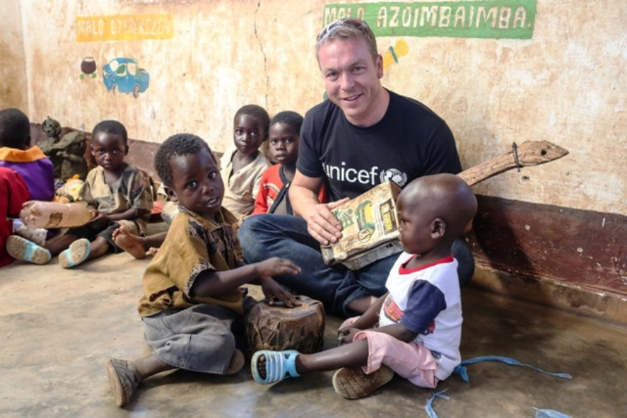 Sir Chris Hoy was among the athletes to encourage fundraising for UNICEF at Glasgow 2014 ©Glasgow 2014