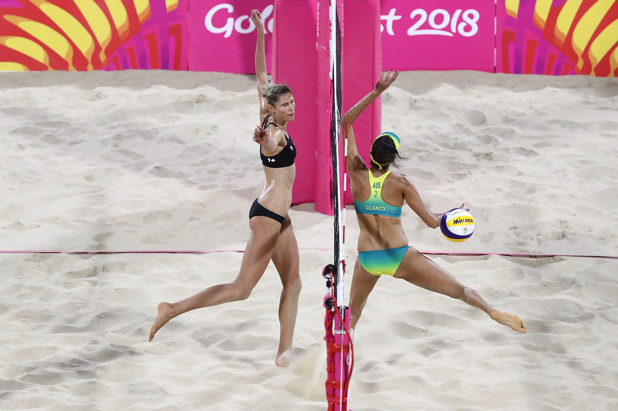 Canada's Melissa Humana-Paredes and Sarah Pavan denied Australia a golden double when they won the women's event as beach volleyball made its debut t the Commonwealth Games ©Getty Images