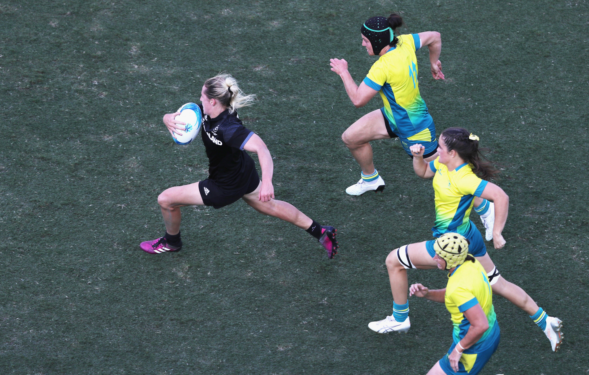 New Zealand clinch rugby sevens double gold to bring sporting action at Gold Coast 2018 to a close