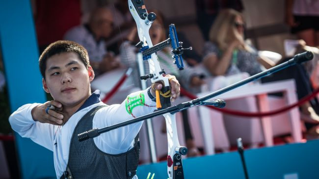 Lee Woo Seok beat his more established rival in the men's recurve final ©World Archery