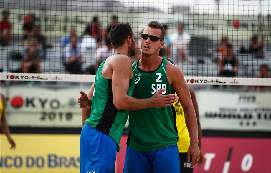 Serbia's Stefan Basta and Lazar Kolaric had a good day in the men's event ©FIVB