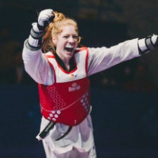 Junior World Champion Jordyn Smith maintains balance on and off the mat