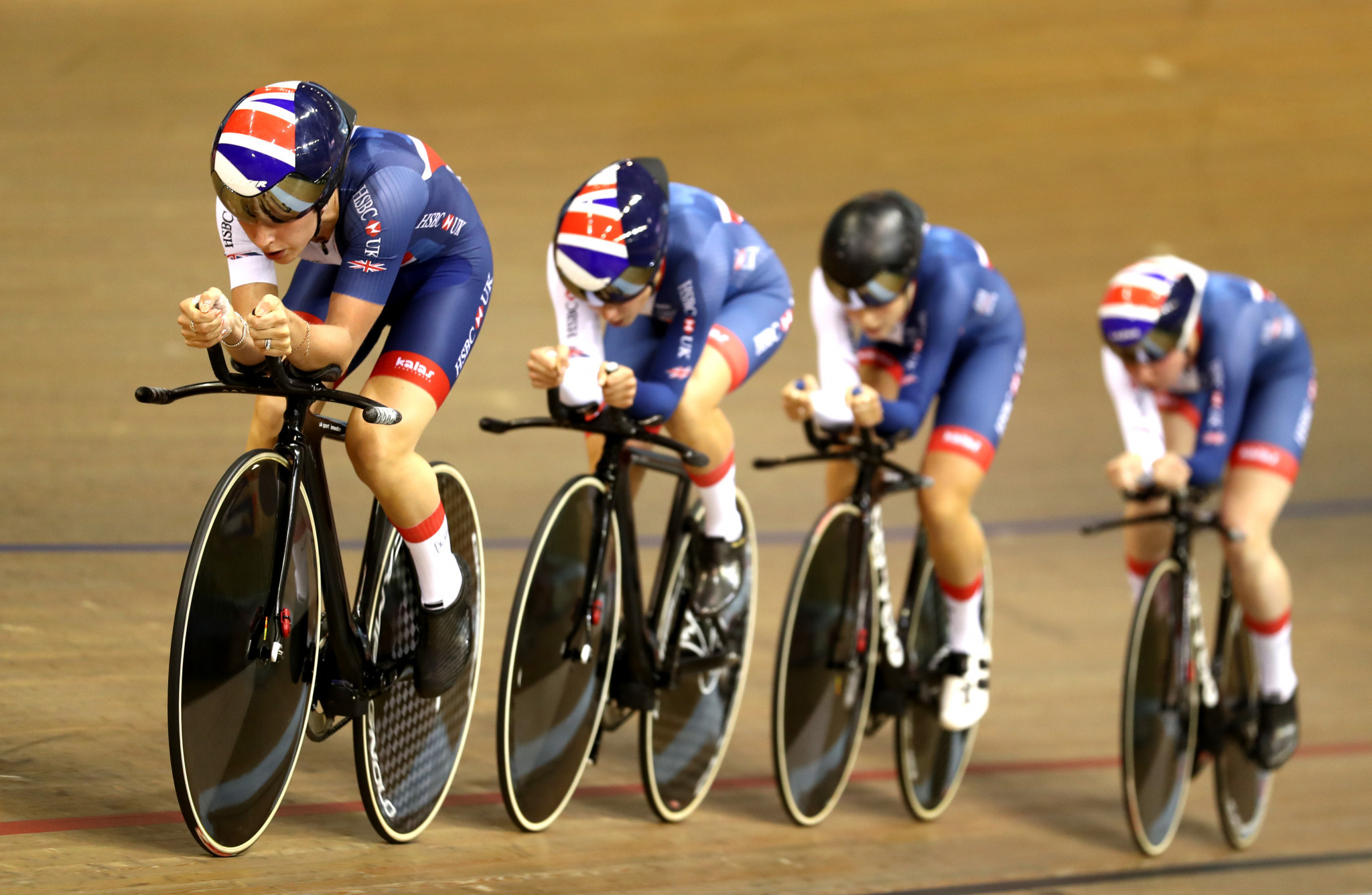 Britain and Italy head team pursuit qualification at European Championships