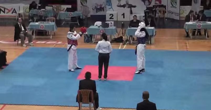 Nafia Kus competing in Turkey in 2013 ©YouTube