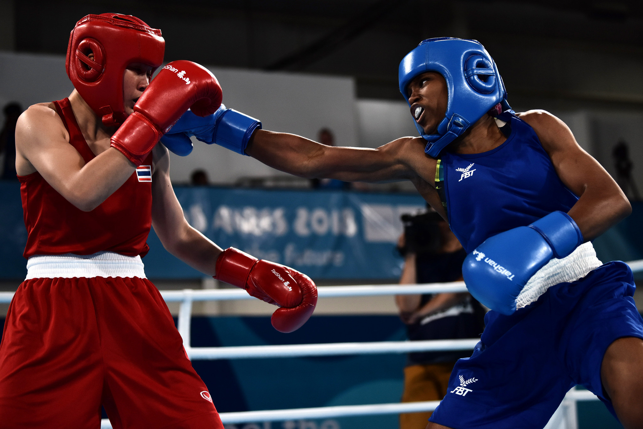 British boxers star on final day of Buenos Aires 2018