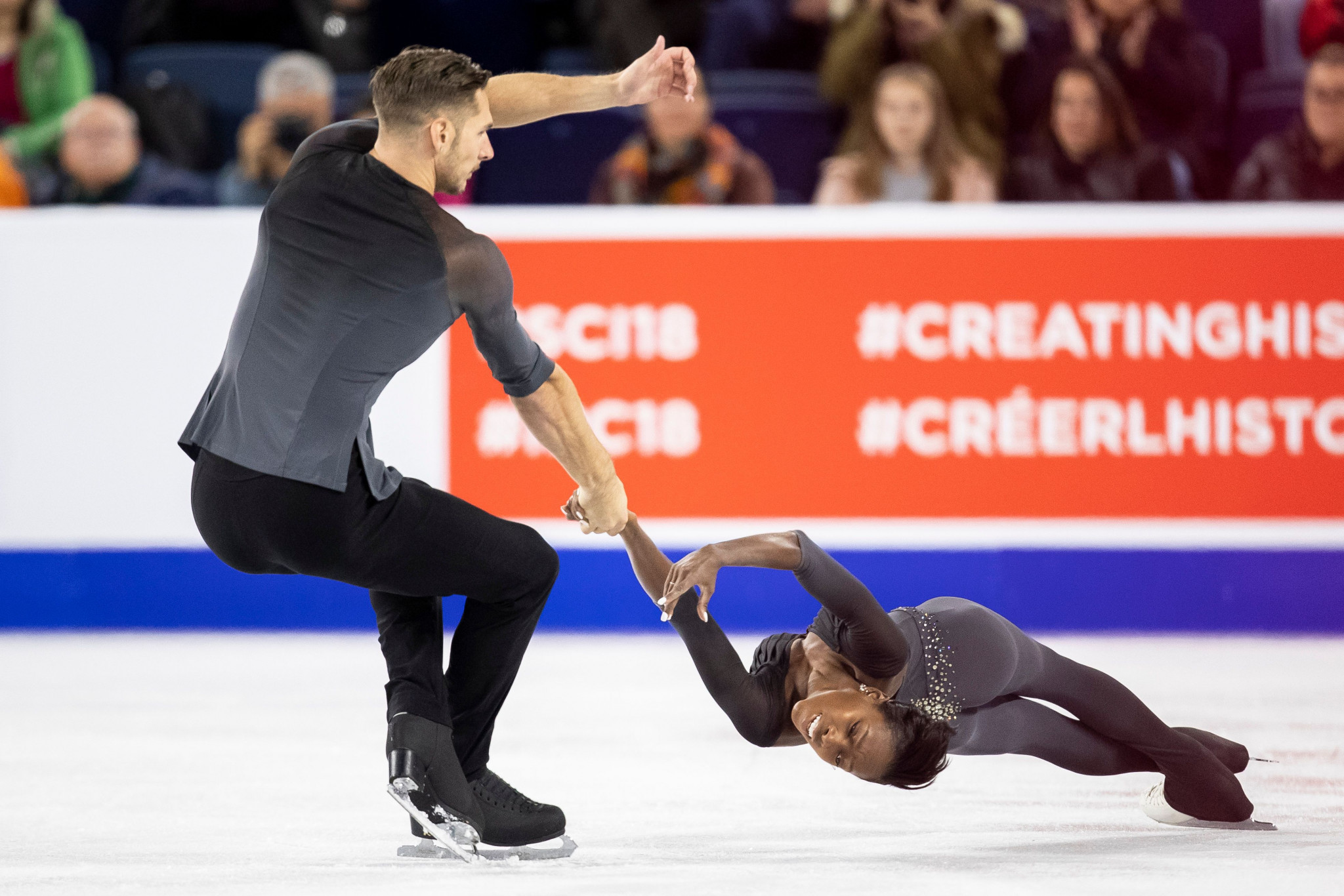 France's Vanessa James and Morgan Ciprès clinched the pairs short programme title ©Getty Images