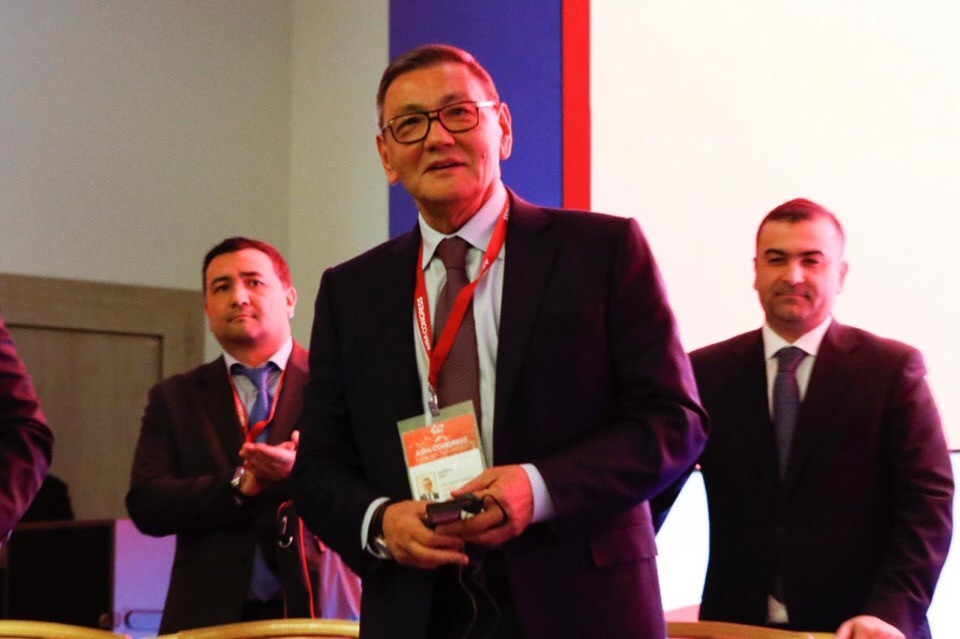 Gafur Rakhimov celebrates being voted the new permanent President of the International Boxing Association ©Boxing Federation of Russia