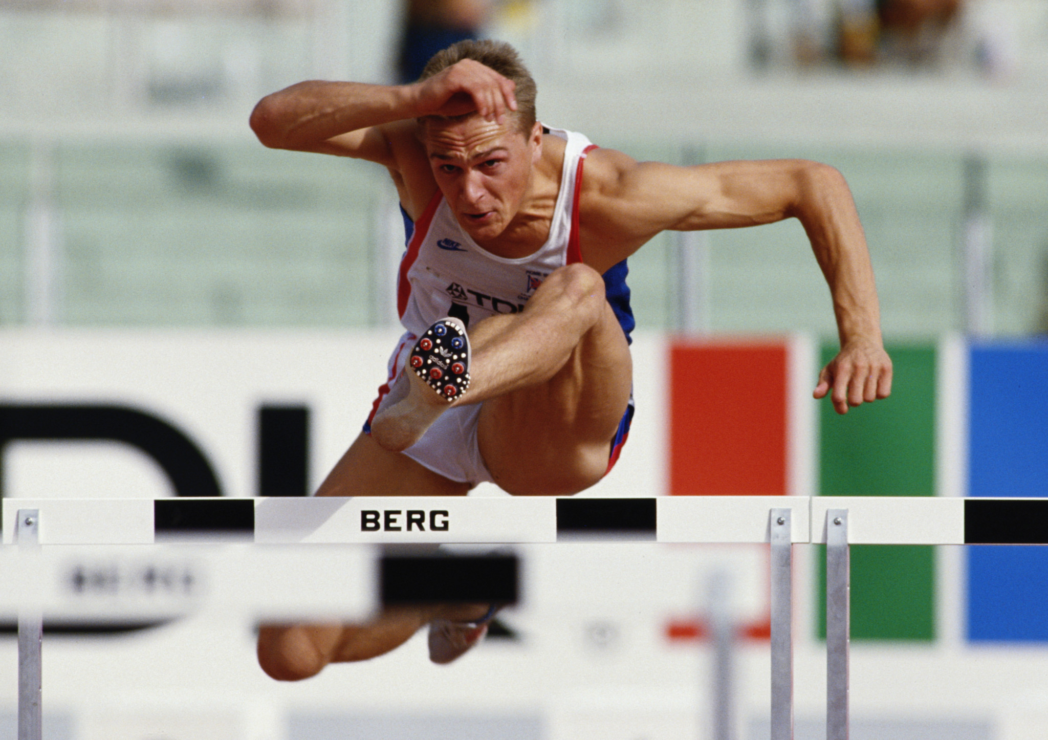 Jon Ridgeon won a silver medal in the 110 metres hurdles at the 1987 IAAF World Championships ©Getty Images