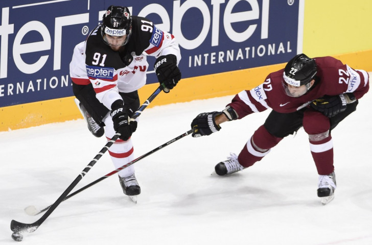 Canada produced a dominant display to ease past Latvia in Prague ©AFP/Getty Images