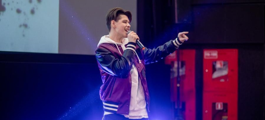Daniel Yastremsky, who represented Belarus at the 2018 Junior Eurovision Song Contest, performed at the ceremony to mark the unveiling of Lesik ©Minsk 2019