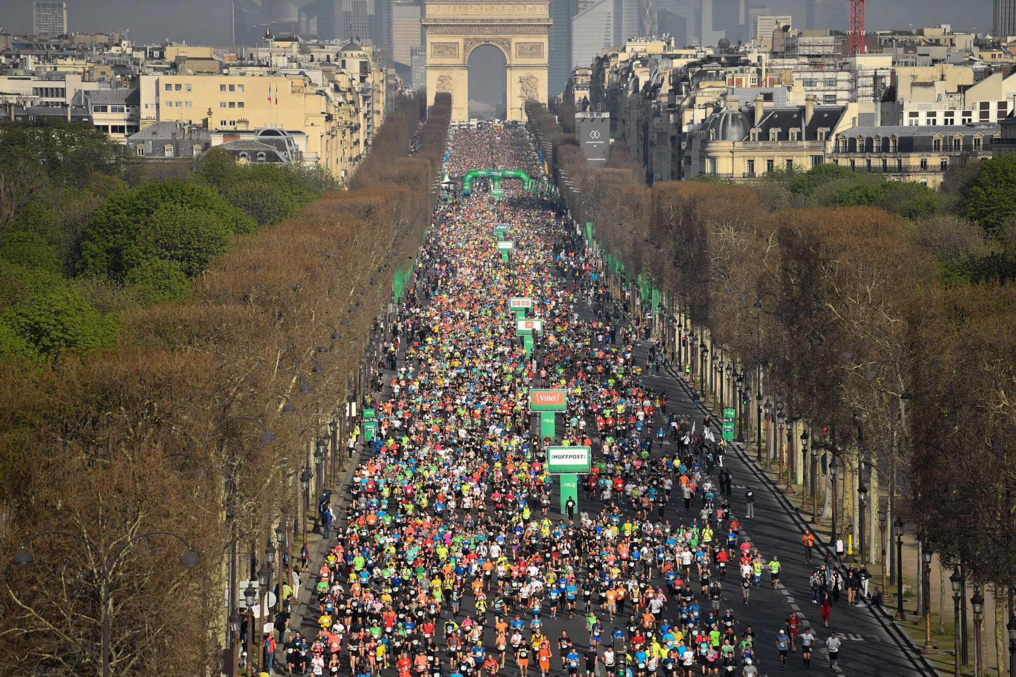 Paris holds a marathon every year but it typically takes place in April when temperatures are cooler ©Getty Images