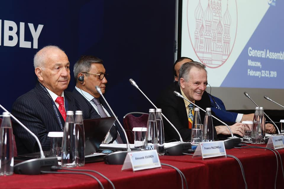 EUBC President Franco Falcinelli, left, has received an official warning from the AIBA Disciplinary Committee after he initially campaigned against Gafur Rakhimov, centre, leading the world governing body ©RBF