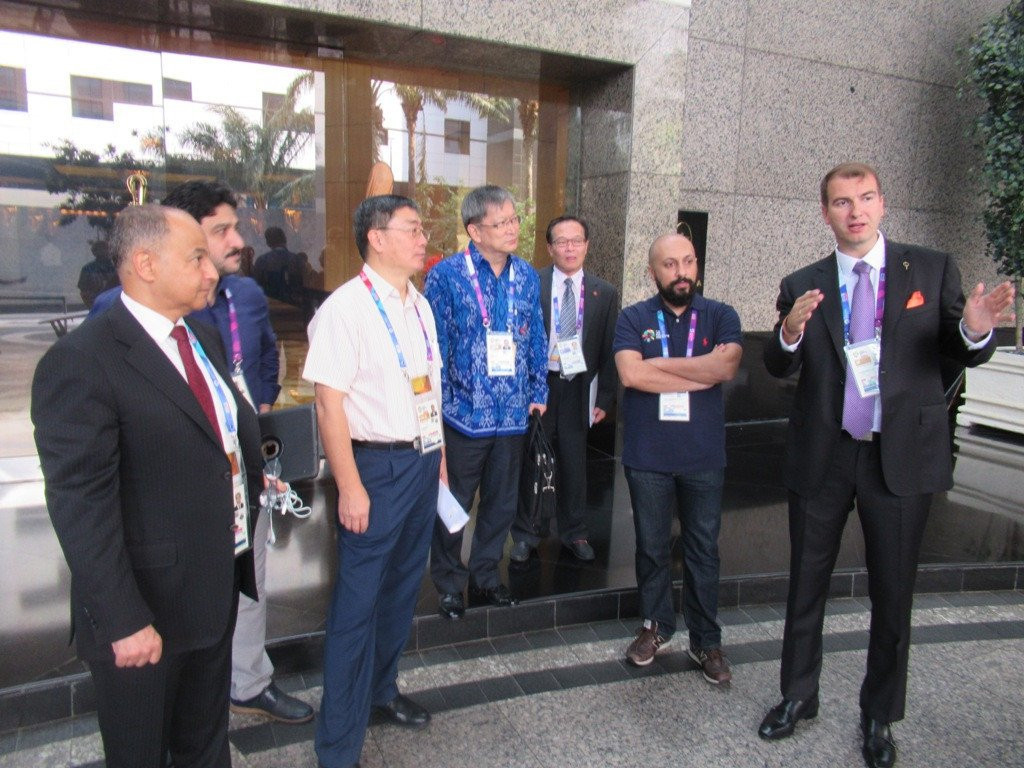 FITEQ chairman Viktor Huszár, right, explains teqball to OCA Sports Committee members and officials ©OCA