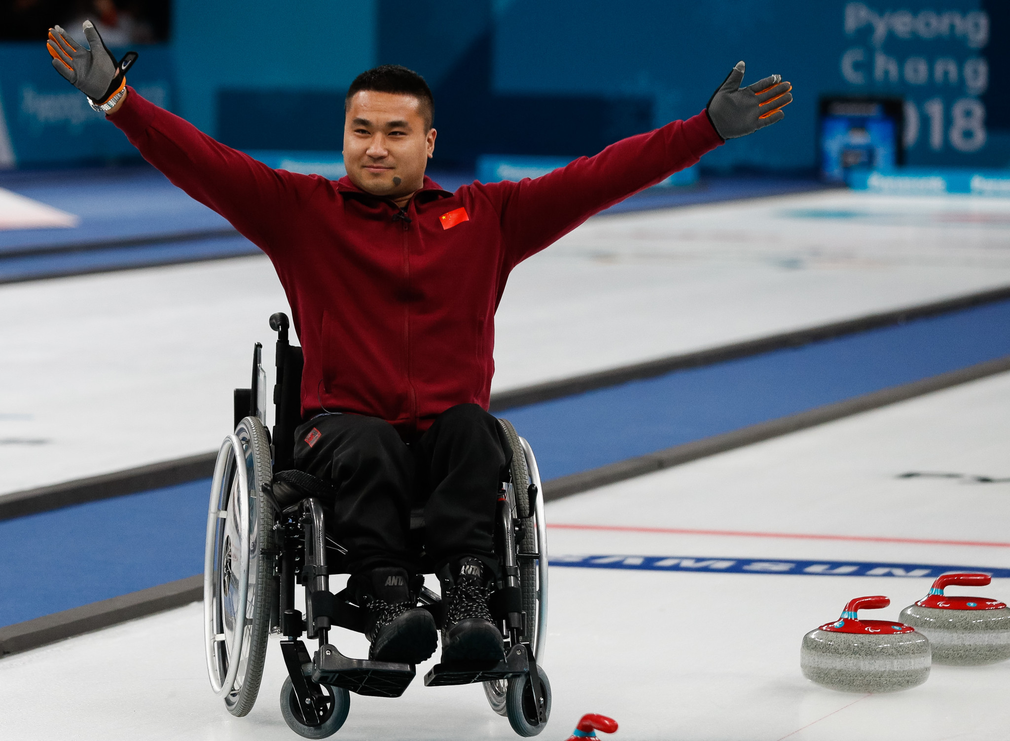 Paralympic gold medallists China begin World Wheelchair Curling Championships with two victories