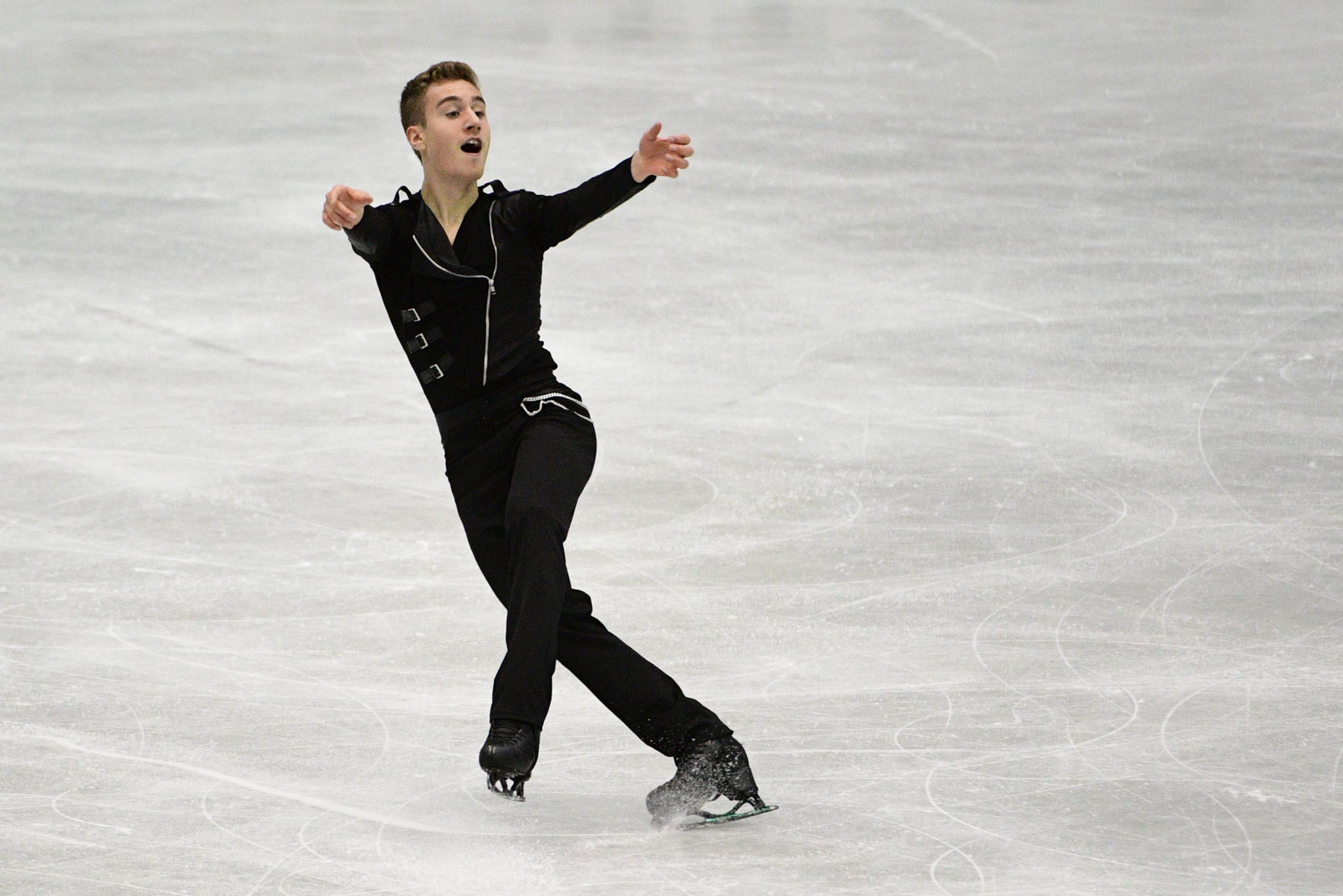 Italy's Rizzo wins men's figure skating to prevent clean sweep for Russia at Krasnoyarsk 2019