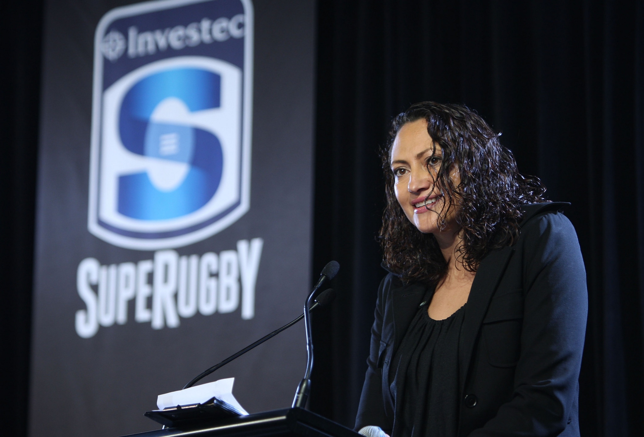 Melodie Robinson will help choose World Rugby's men's 15s player of the year ©Getty Images