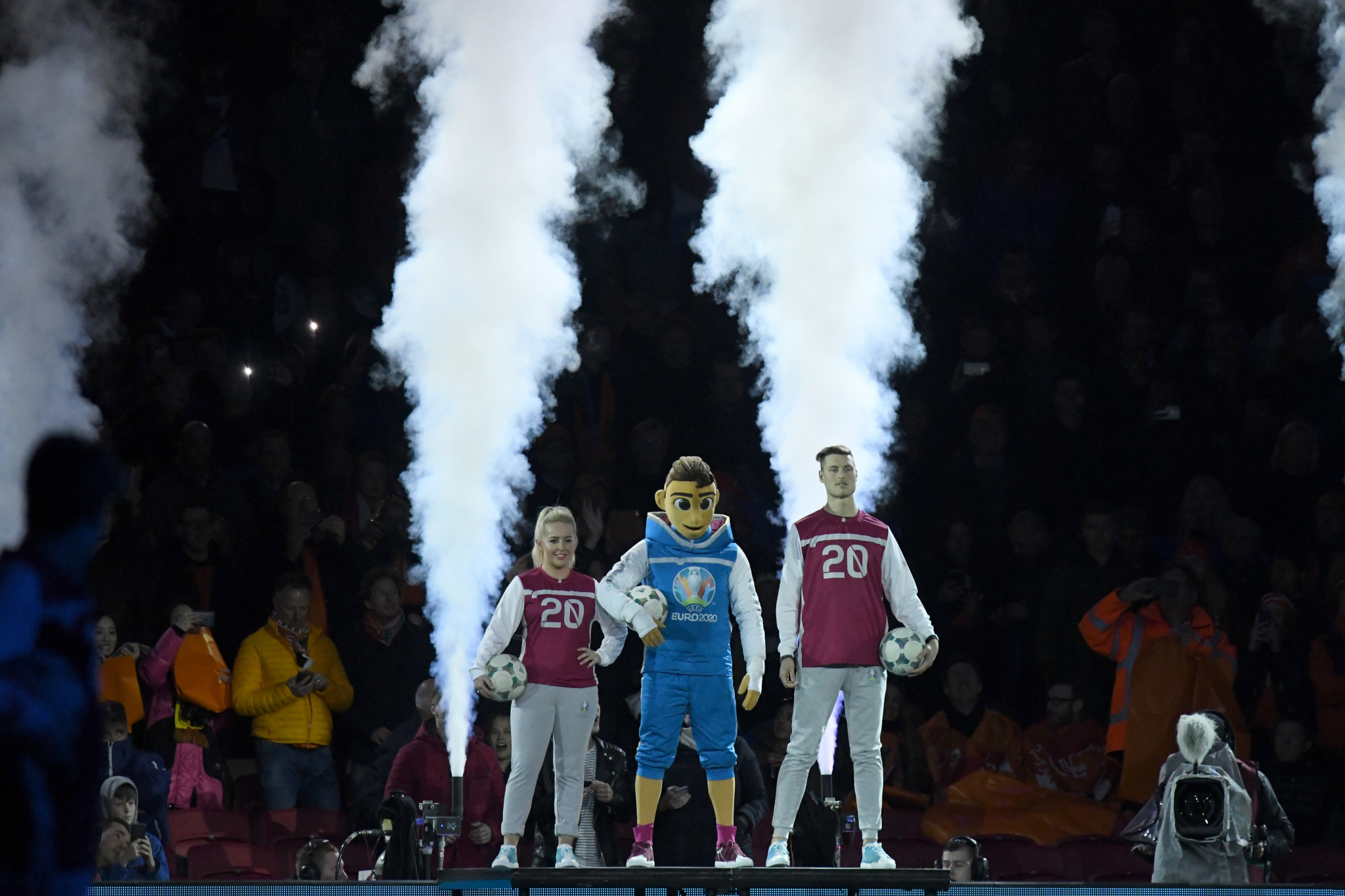 Skillzy was unveiled as the UEFA Euro 2020 mascot prior to the start of a qualifying match between Netherlands and Germany ©UEFA