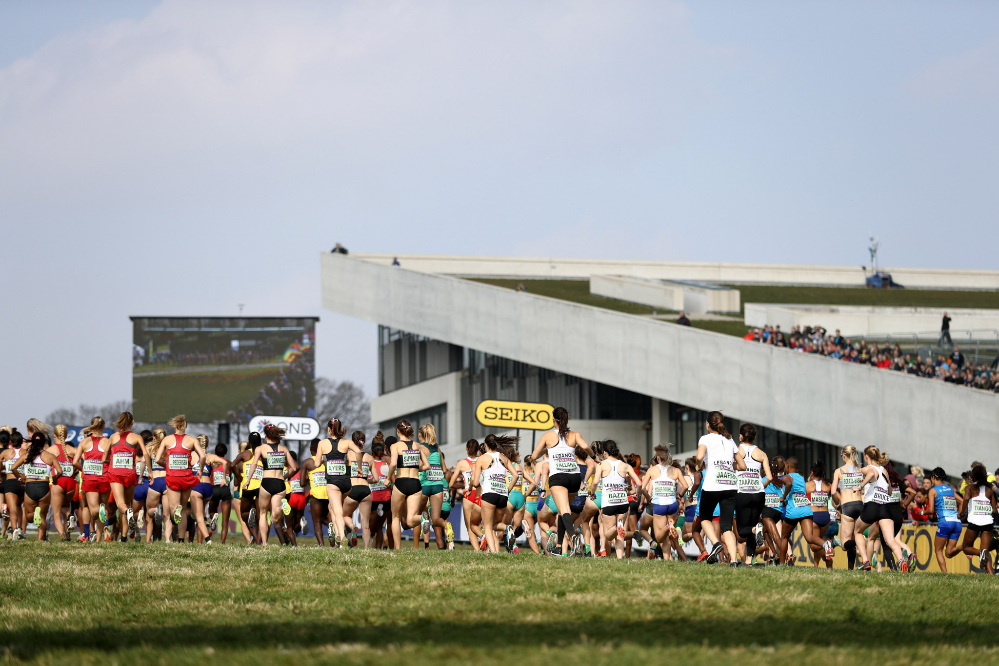 Runners tackle testing course at World Cross-Country Championships