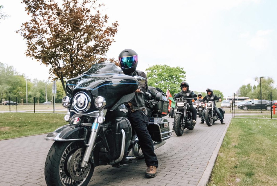 Motorcycle outriders have accompanied the Torch for the vast majority of its journey so far ©Minsk 2019
