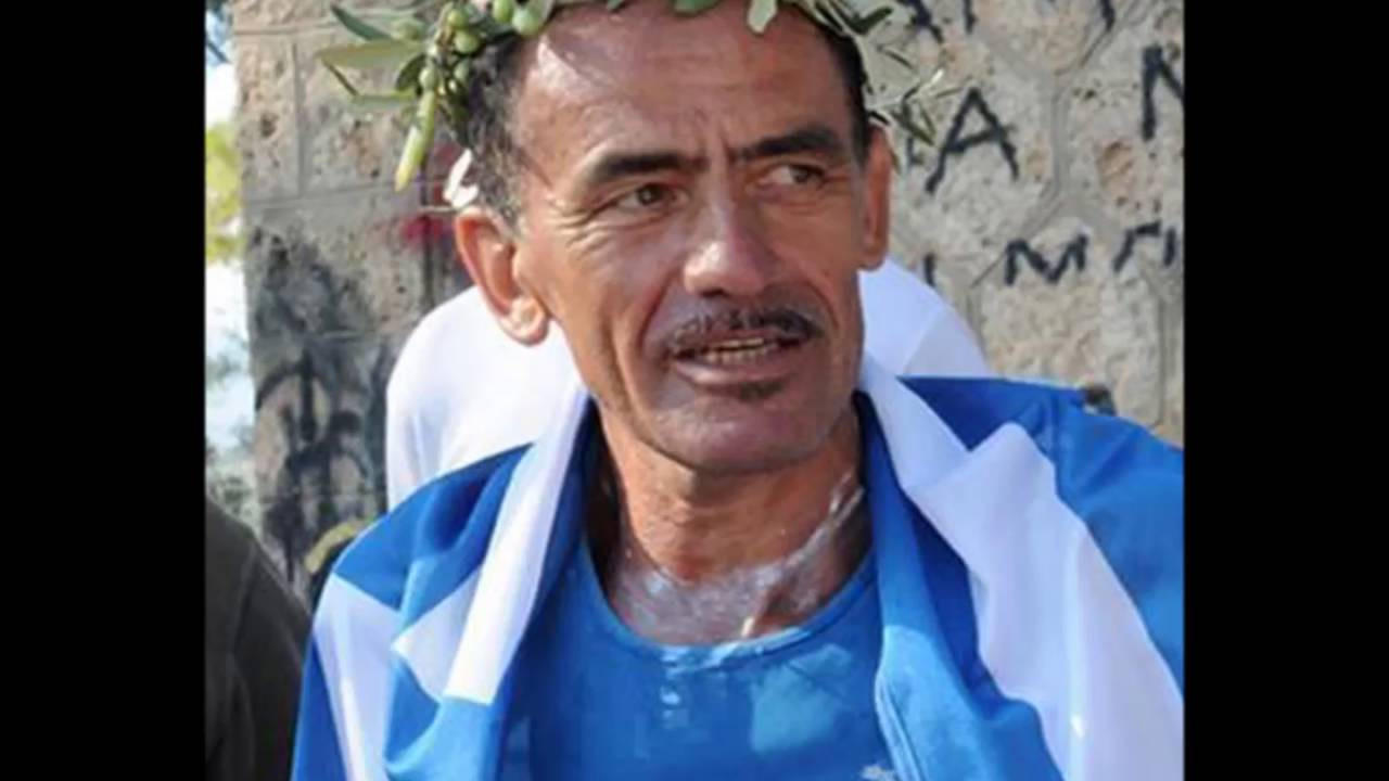 Yiannis Kouros believes only races over 24 hours long can be considered true ultra-distance events ©YouTube