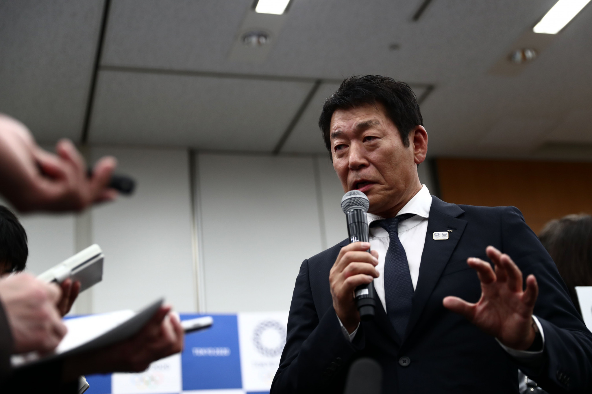 Morinari Watanabe did not rule out the involvement of professional boxing organisations ©Getty Images