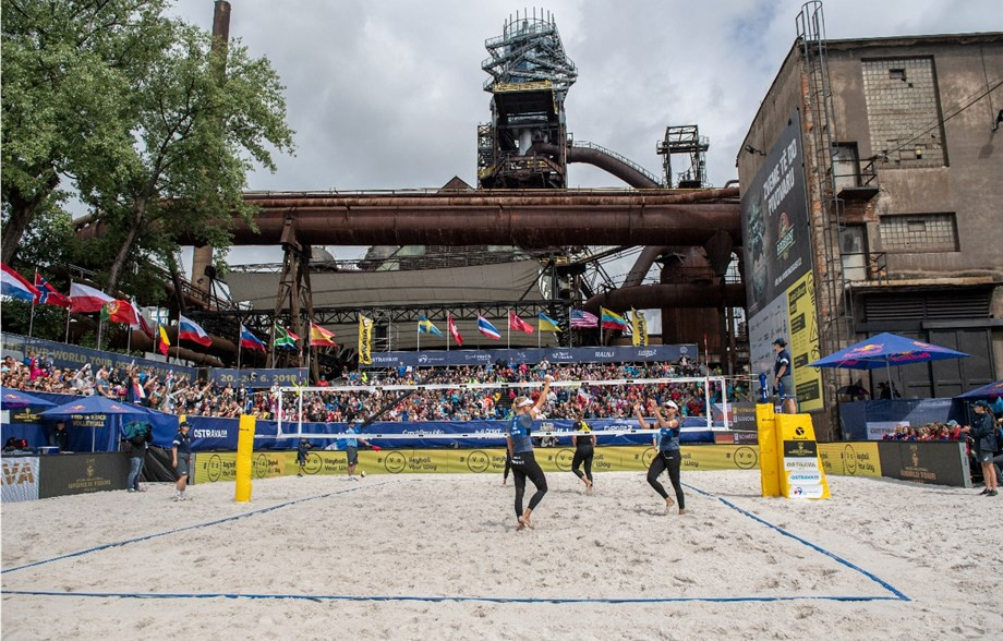Mol and Sørum aiming for third straight title as FIVB Beach World Tour continues in Ostrava