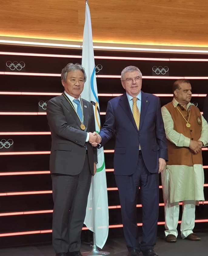 Korean Sport & Olympic Committee President Lee Kee-heung has vowed to bring the 2032 Olympic Games to the Korean Peninsula following his election as member of the IOC ©KSOC