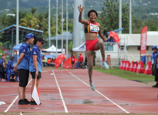 Relle Kaputin defended her women's long jump title ©Pacific Games News Service