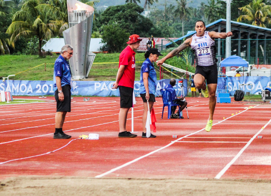 Eugene Vollmer defended his men's triple jump title ©Pacific Games News Service