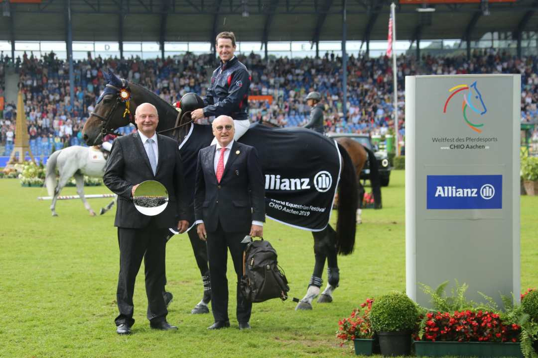 McLain Ward of the United States, on Noche de Ronda, won the Allianz-Prize on the penultimate day of the World Equestrian Festival at Aachen ©CHIO Aachen