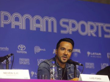 """Singer Luis Fonsi said he is """"honoured"""" to be performing in the Lima 2019 Opening Ceremony ©Twitter"""
