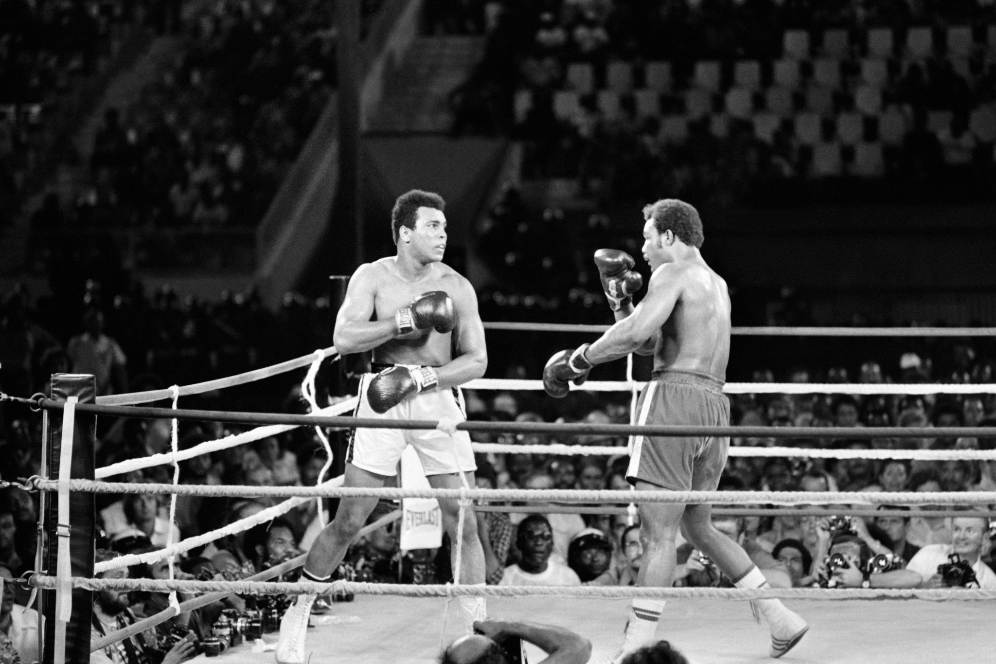 The nightwatchman tactic has similarities with Muhammad Ali's rope-a-dope strategy at the Rumble in the Jungle ©Getty Images