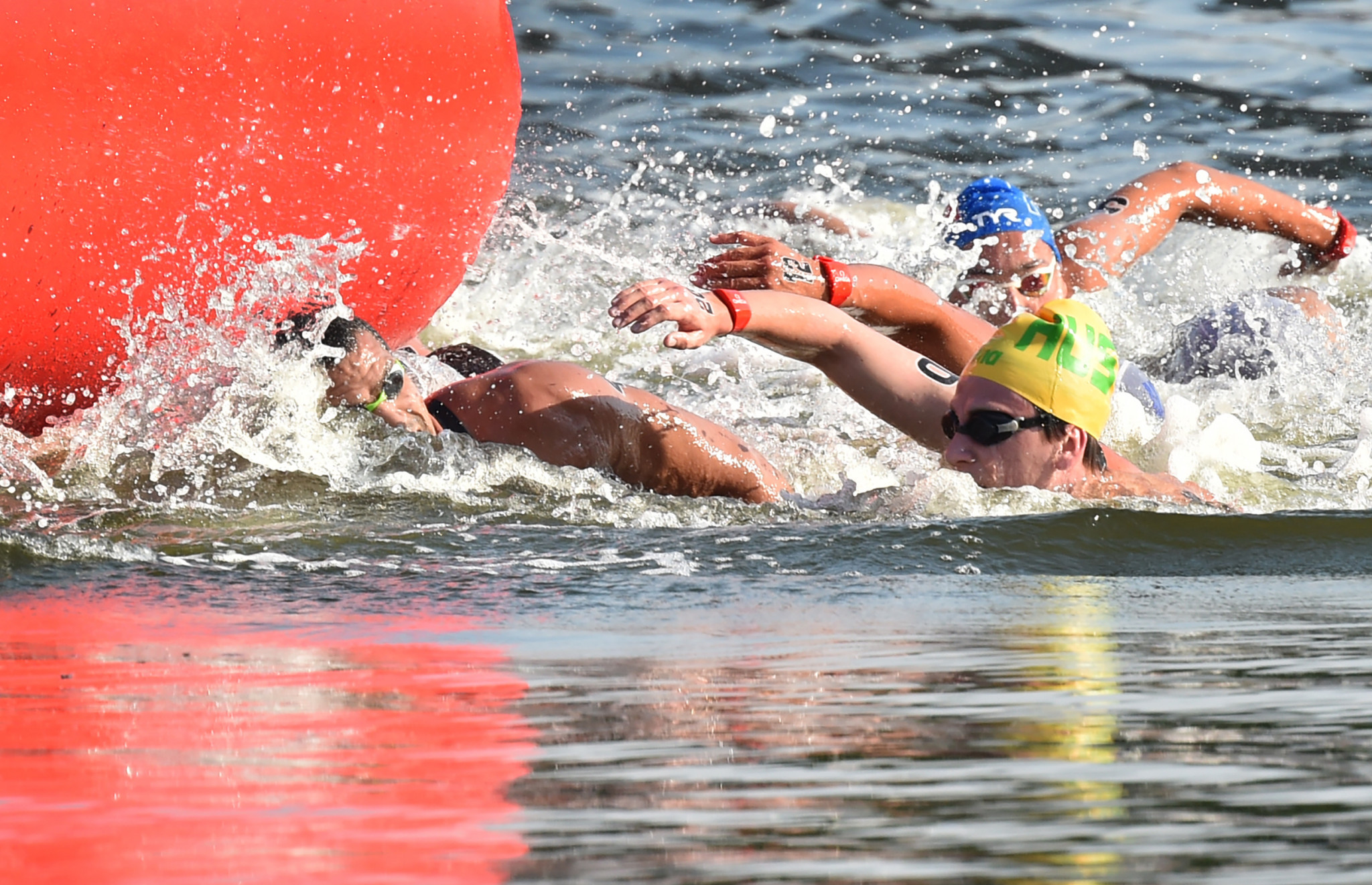 Athletes concerned about heat and water conditions at Tokyo 2020 marathon swimming test event