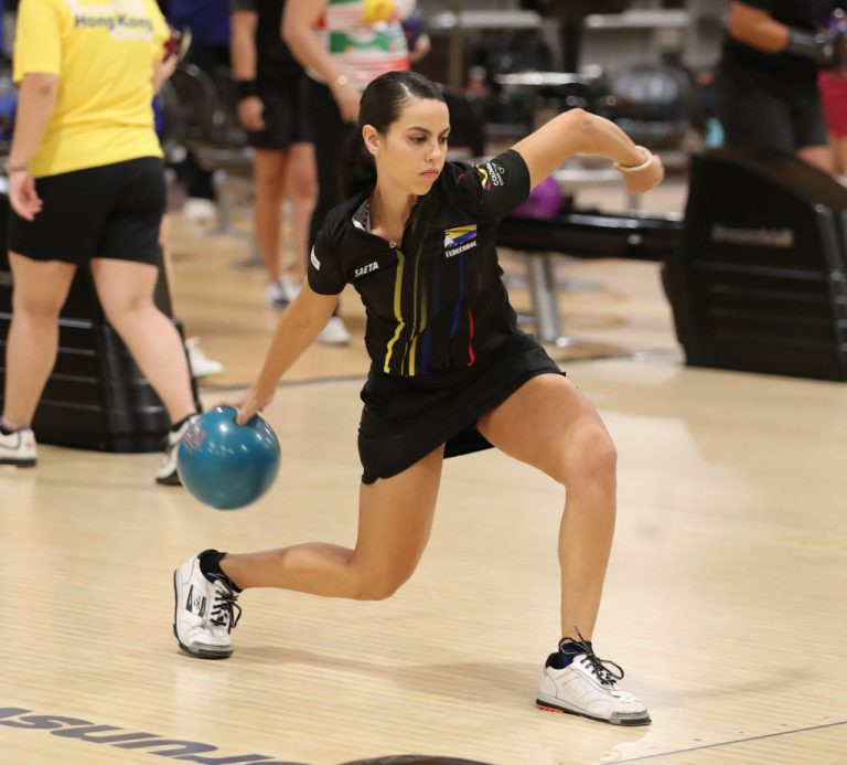 Colombia qualify two pairs for doubles semi-finals at World Bowling Women's Championship
