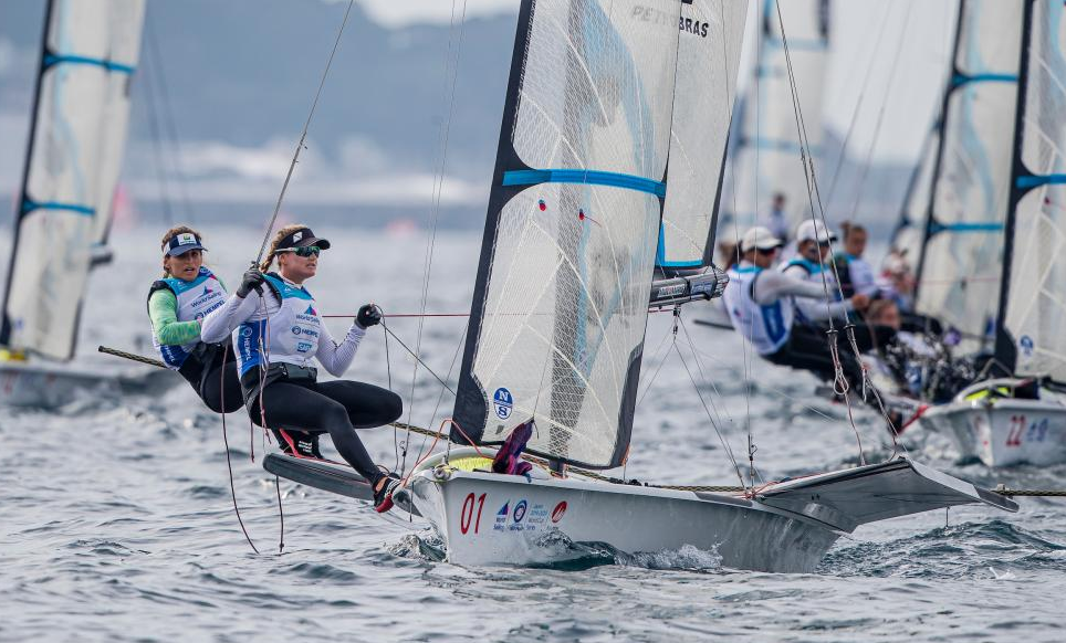 Martine Grael and Kahena Kunze started the World Cup with a pair of wins ©World Sailing