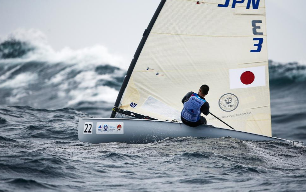 Strong winds and big waves lashed down on the Sailing World Cup course in Japan ©World Sailing