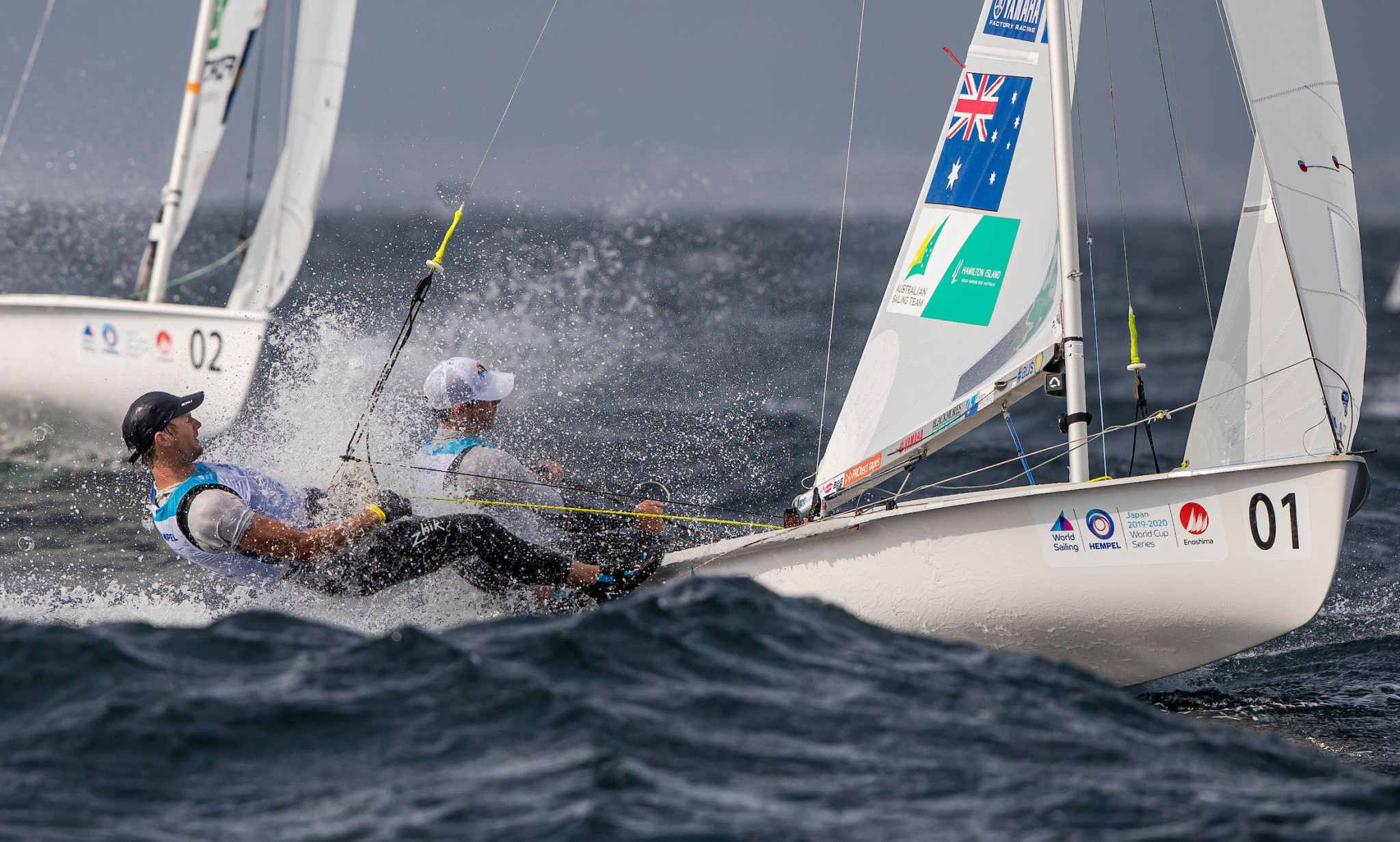 Mat Belcher and Will Ryan took control in the men's 470 ©World Sailing