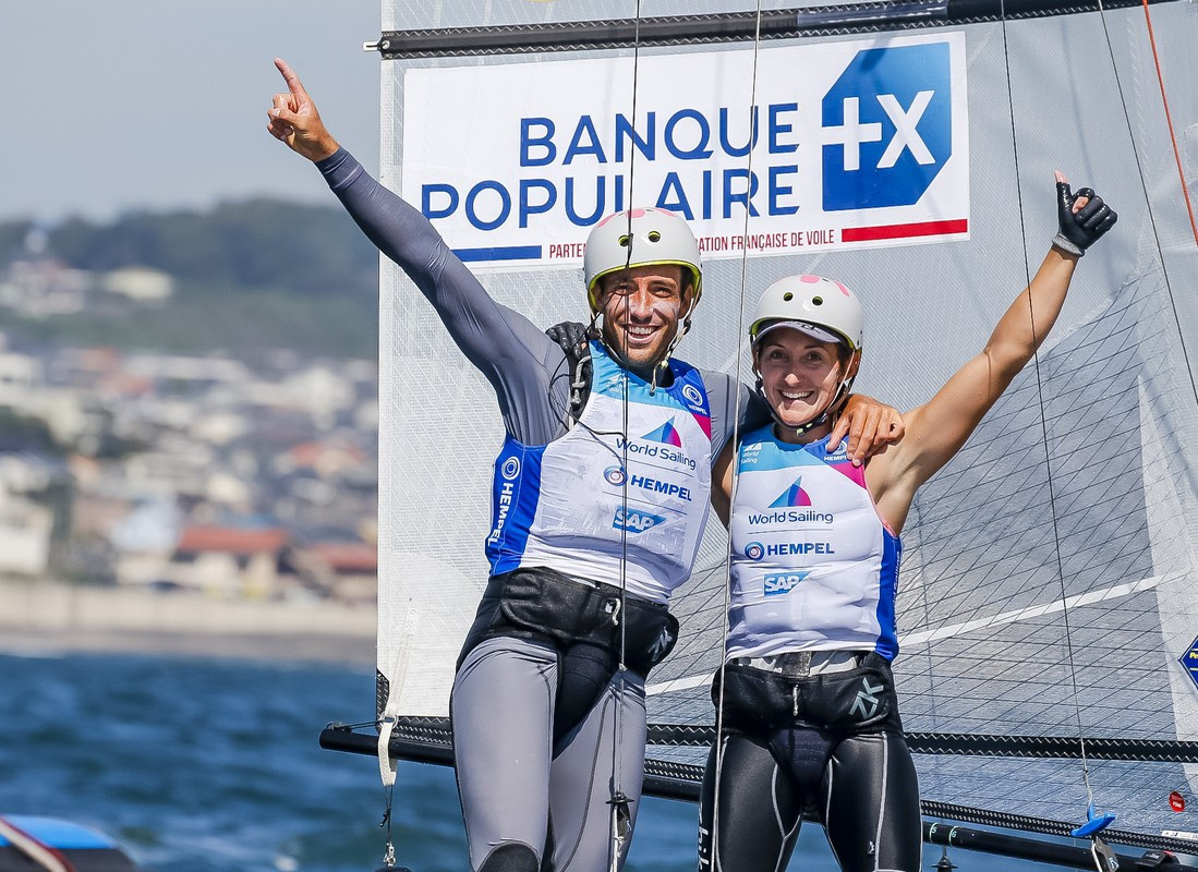 France's Quentin Delapierre and Manon Audinet won gold in the Nacra 17 at the Sailing World Cup ©World Sailing