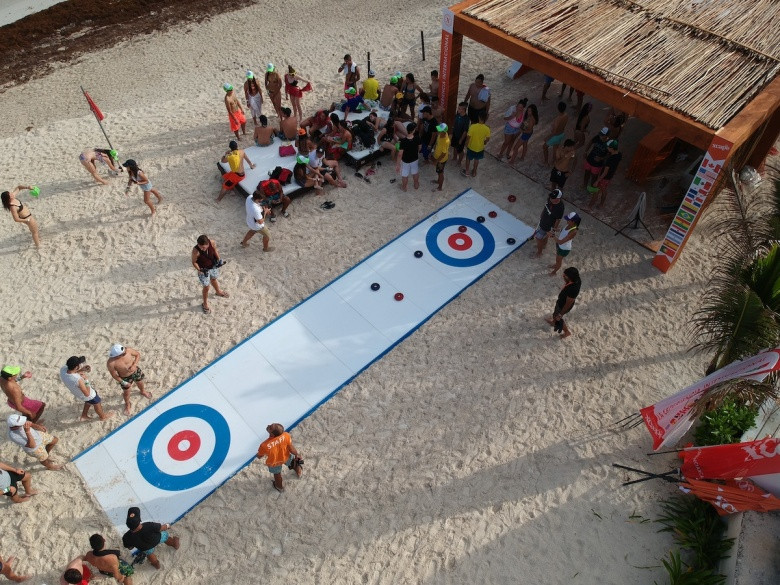 Curling without ice being played in Cancun in Mexico ©Rock Solid Productions