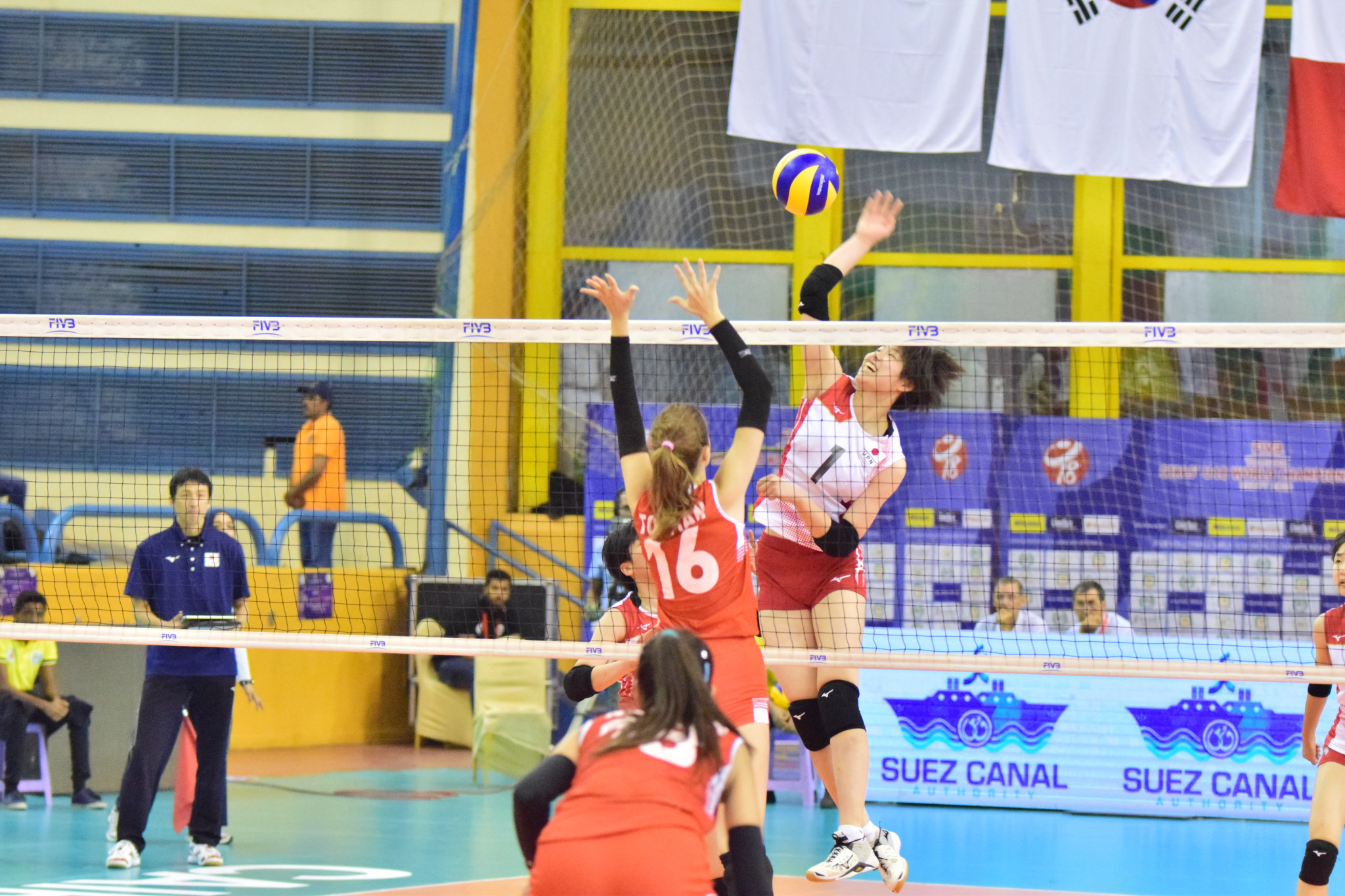Japan came from two sets down to defeat Turkey in their Pool D match in Cairo ©FIVB