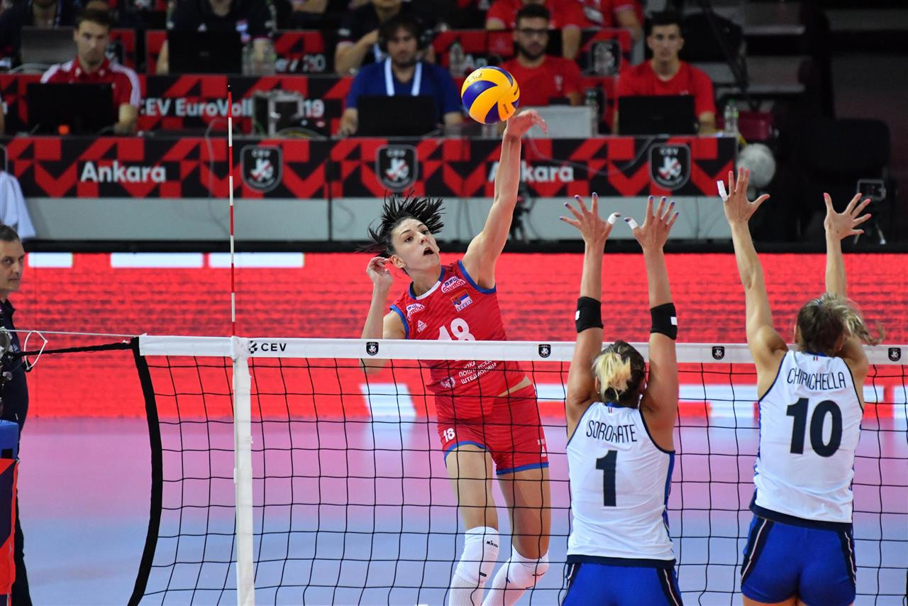 Serbia see off Italian challenge to clinch Women's European Volleyball Championship final spot