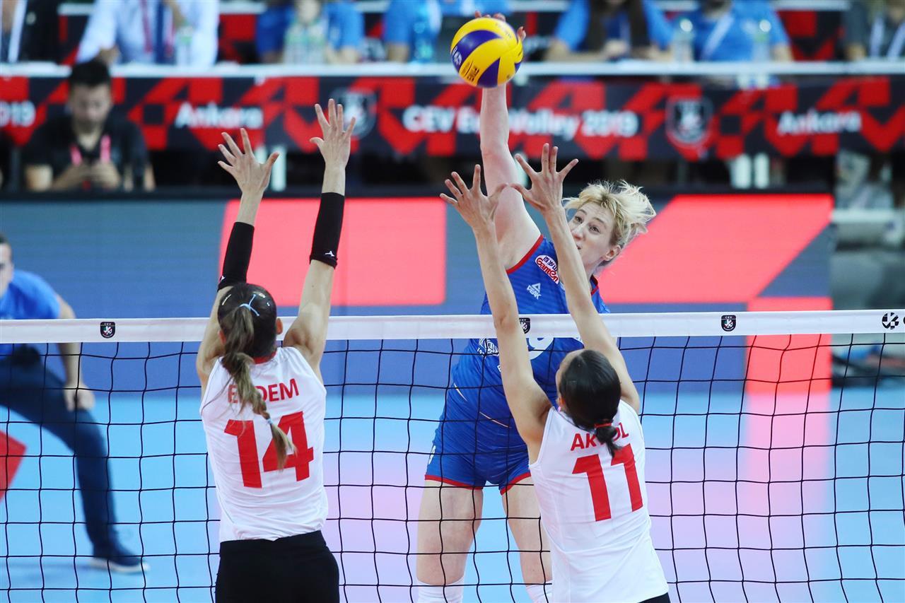 Serbia beat Turkey to retain title at Women's European Volleyball Championship