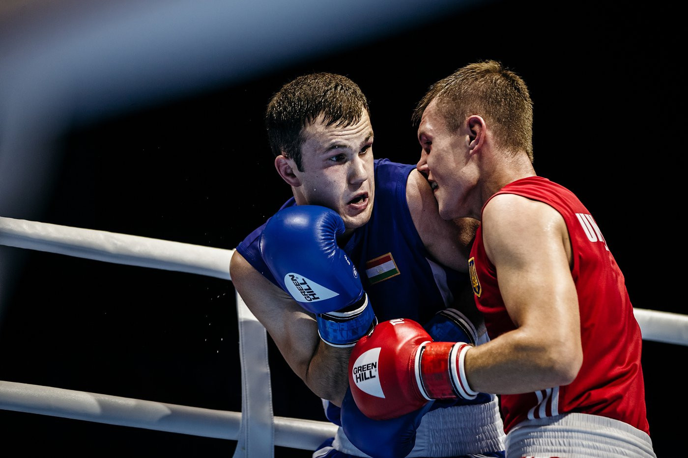 Asian champion Usmonov triumphs in first bout of AIBA World Championships