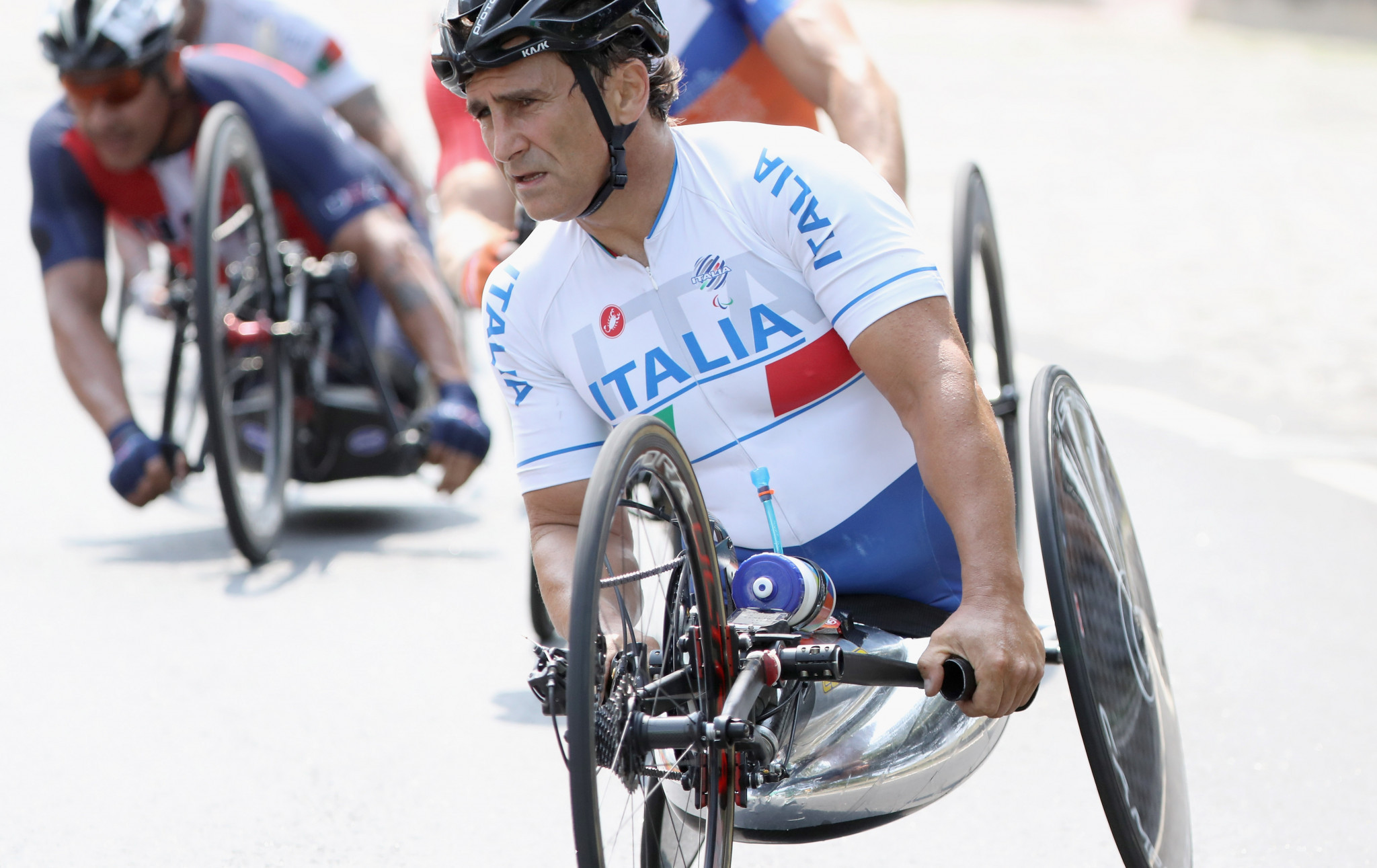 Alessandro Zanardi showed why he is the Paralympic champion in the men's H5 time trial ©Getty Images