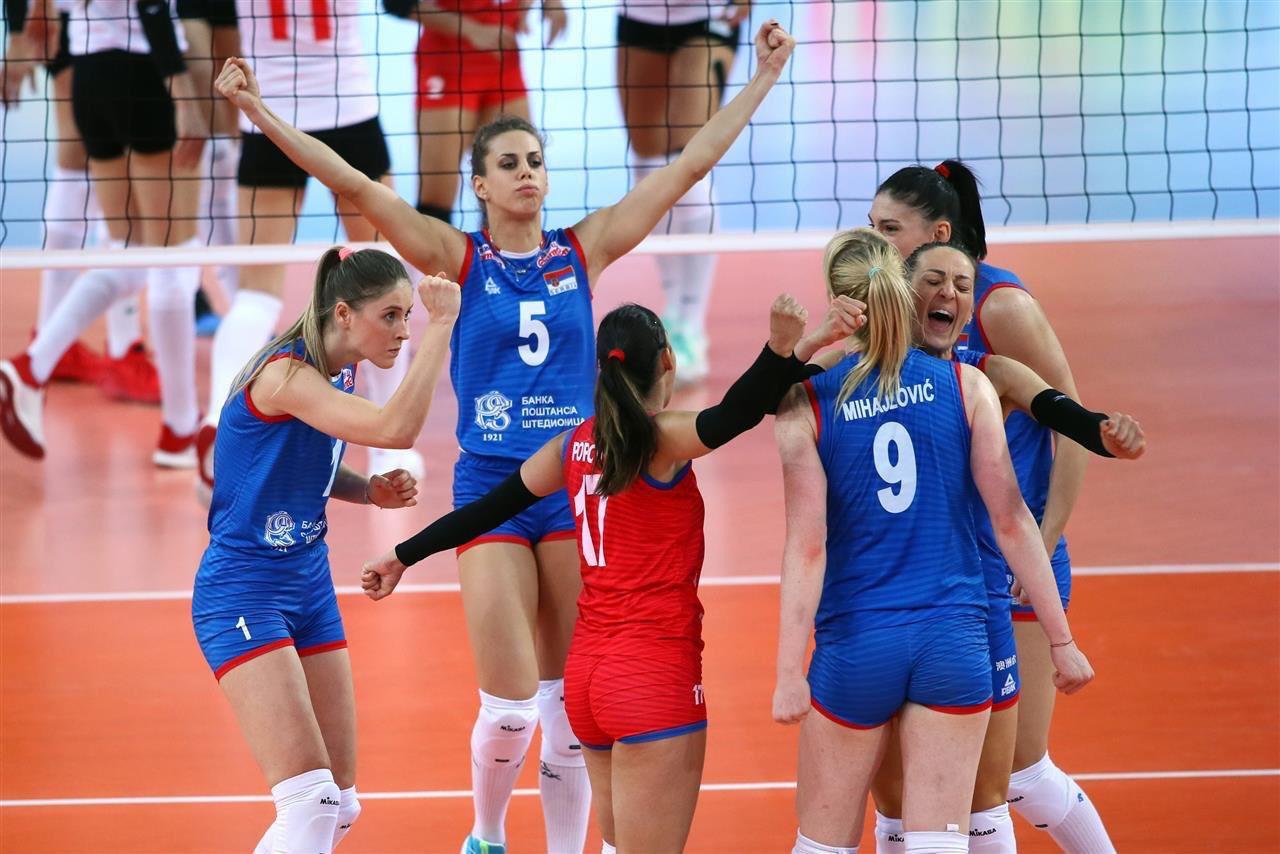 Serbian players celebrate their Gloria Cup triumph in Antalya ©GSA