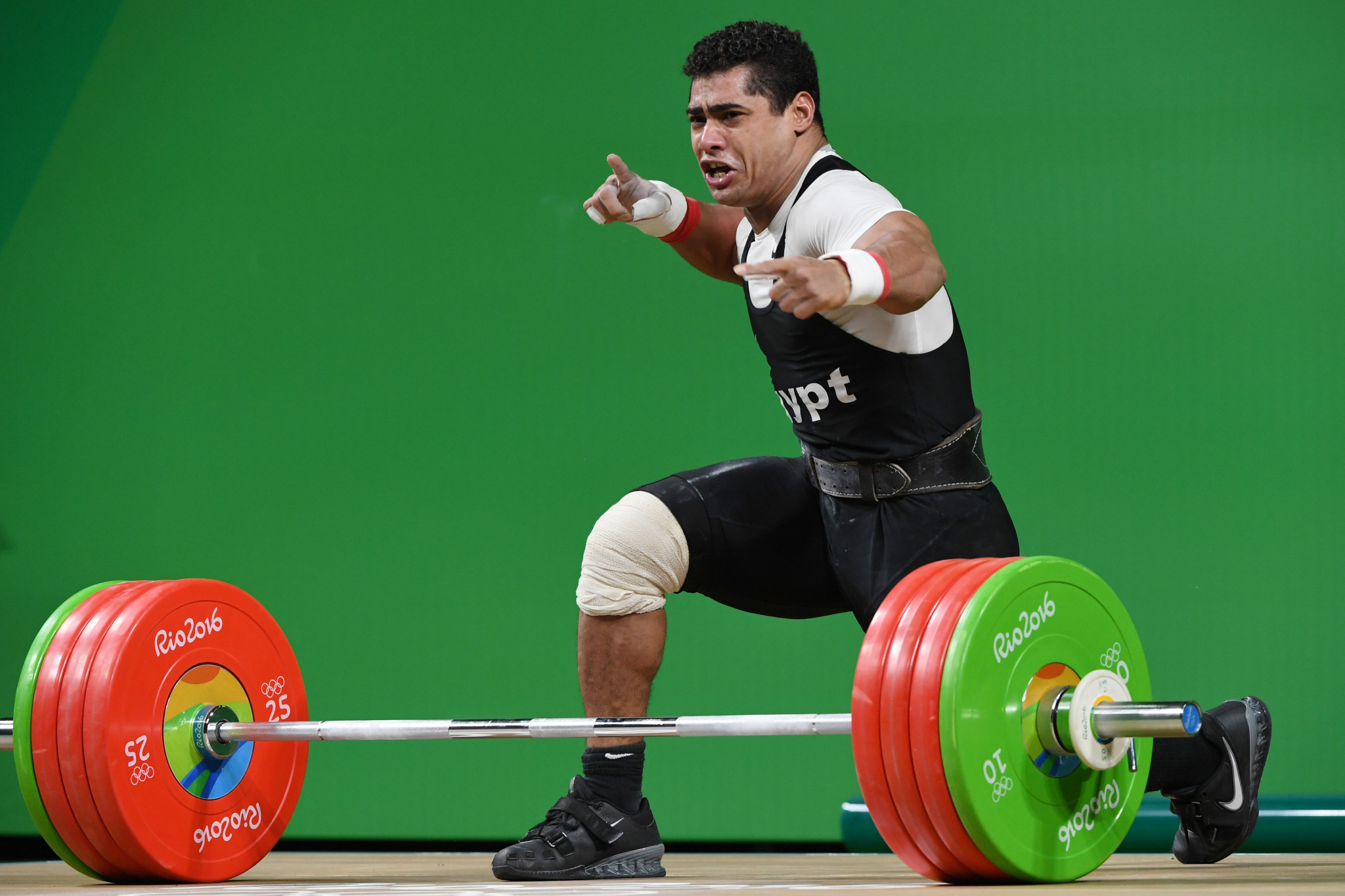 Mohamed Ehab, the men's 77kg bronze medallist at the Rio 2016 Olympic Games, is among the athletes affected by the suspension of the Egyptian Weightlifting Federation ©Getty Images