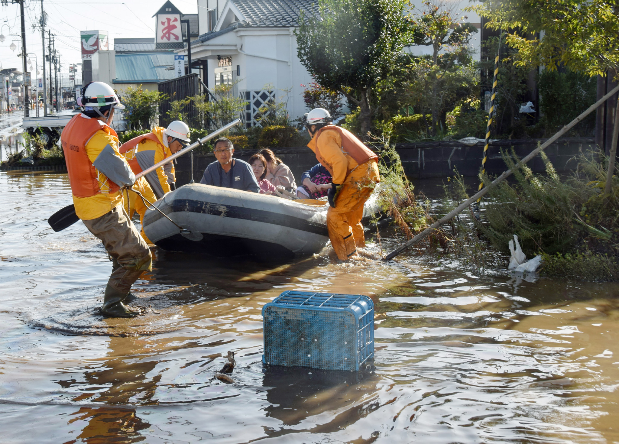 Canadian rugby players aid rescue efforts as Typhoon Hagibis kills 18 in Japan
