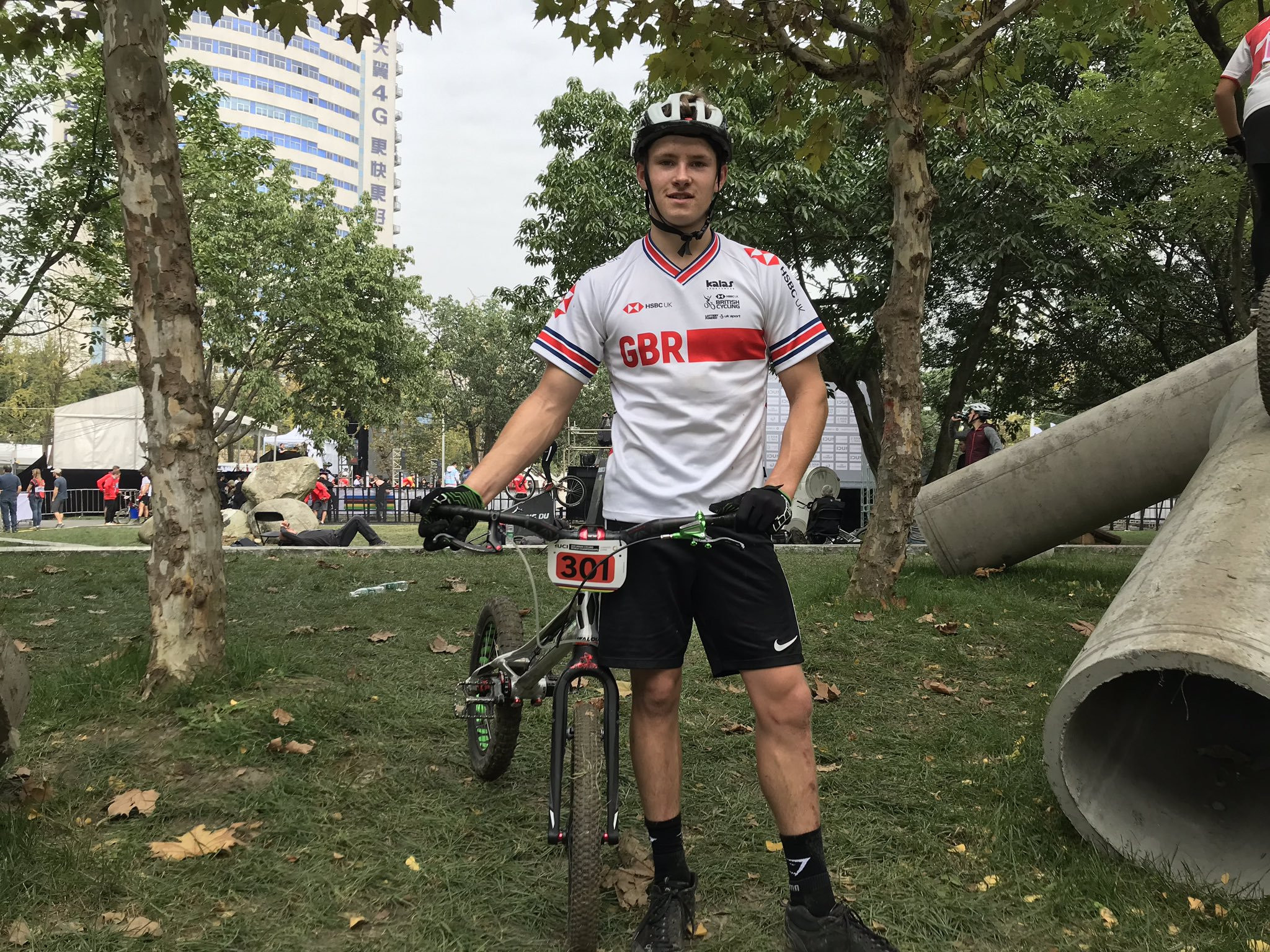 Defending champion Reichenbach into trials final at UCI Urban Cycling World Championships